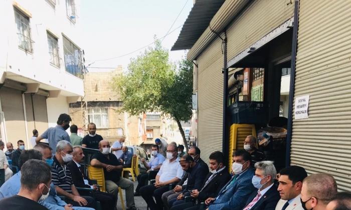 Yeniden Refah Partisi şehit cenazesine katıldı