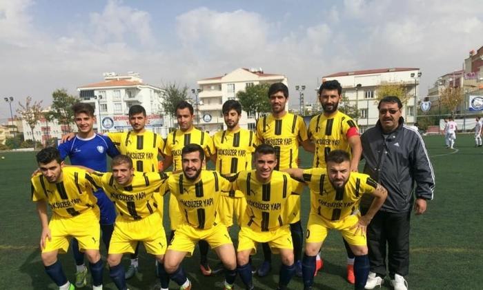 Şehitkamil Gençlikspor 'Zirve'yi bırakmıyor: 4-1