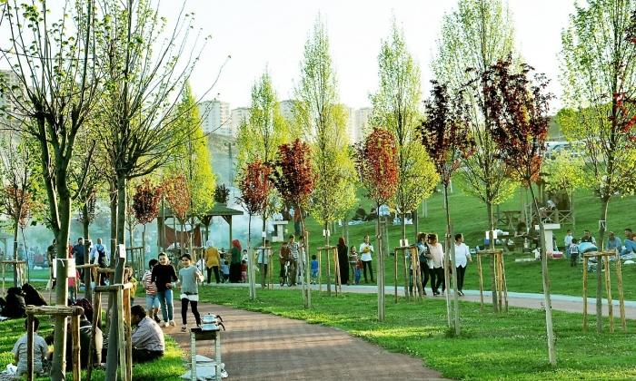 Şahinbey'de Parklar doldu taştı