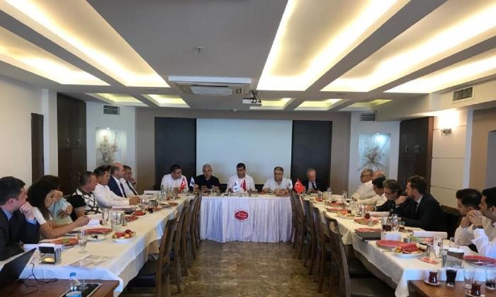 Hububatçılar Altunkaya başkanlığında toplandı