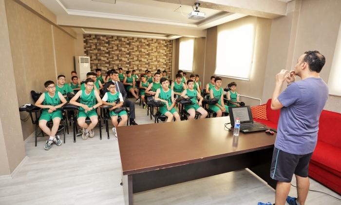 Şehitkamil'de genç sporculardan profesyonelliğe adım