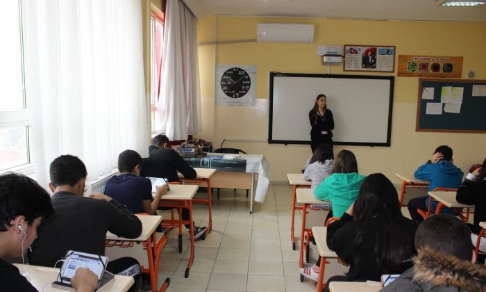 Seçkin Koleji'nden İngilizce sınav