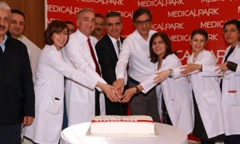 Medical Park'ta pastalı kutlama