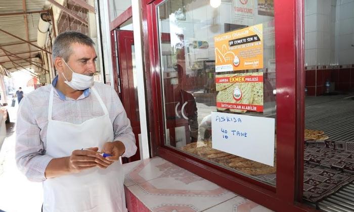 Oğuzeli'nde askıda Ekmek projesine destek