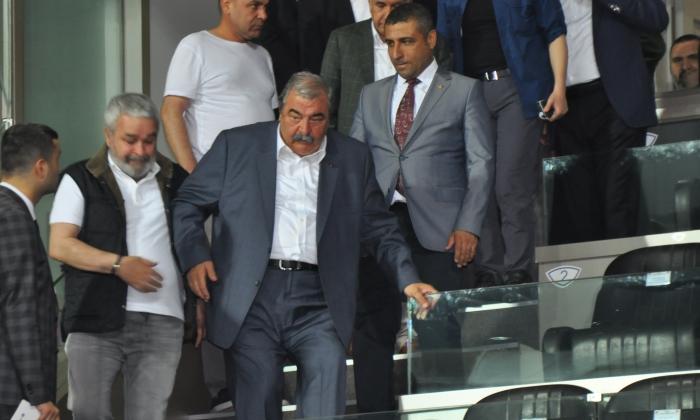 Abdulkadir Konukoğlu maçtaydı