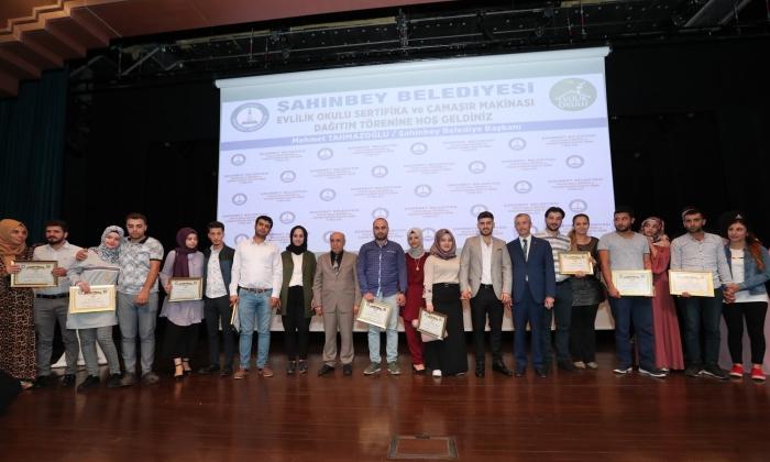 Şahinbey'den 200 çifte daha sertifika