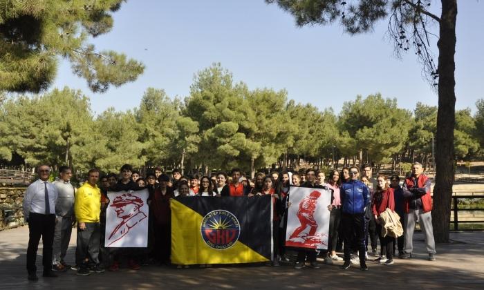 GKV'den Ata'ya yürüyüş